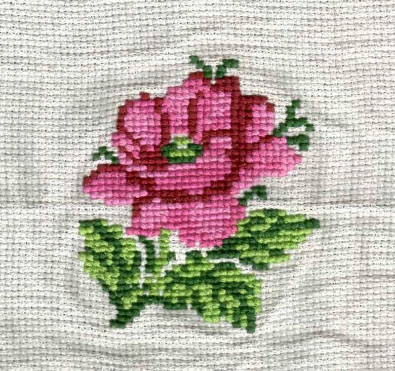 Вышивка крестом. роза